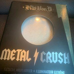 Kat Von D Metal Crush Extreme Highlighter